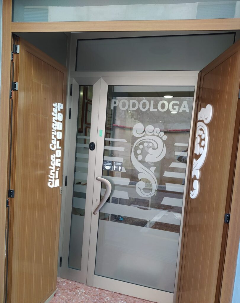 clinica cervantes podologia manises valencia